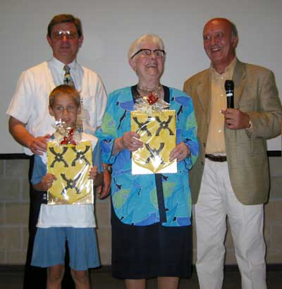 oudste en jongste aanwezige Vanautgaerden op de bijeenkomst in 2003